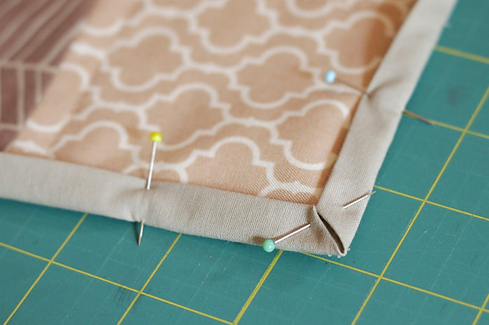 How to use basting spray - a tutorial by Kirsty at Bonjour Quilts