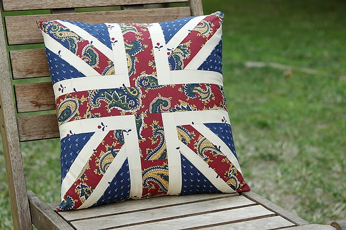 A sewing tutorial to make a square Union Jack cushion - by Kirsty at Bonjour Quilts