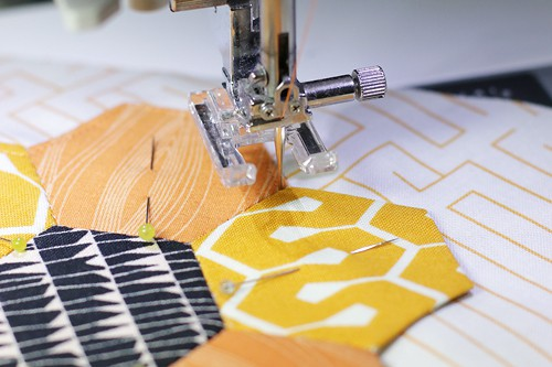 Machine Applique tutorial for the Kingfisher Stitch Along at Bonjour Quilts