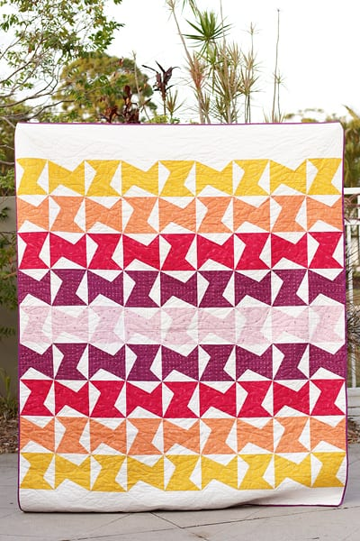 Zed quilt pattern made with half rectangle triangle blocks